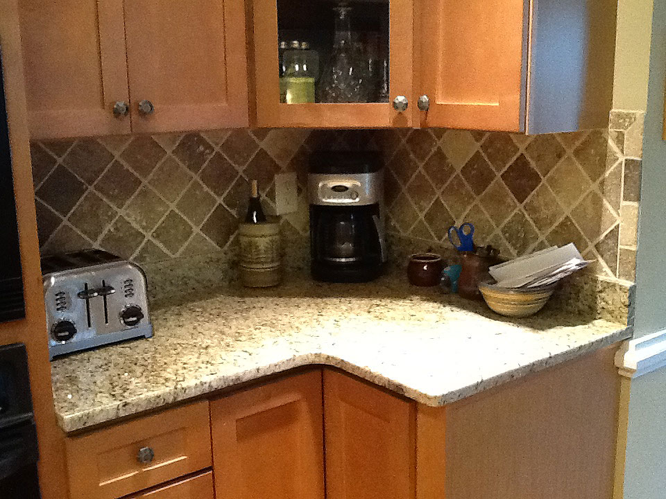 Granite Countertop Edge Chip Repair : Granite Repair Service